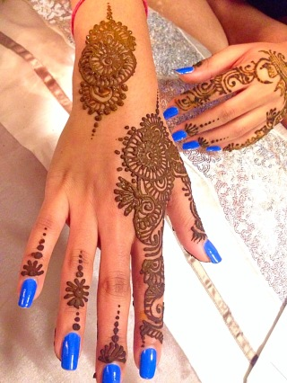 Henna on my friend Ashni; follow her blog: All About Ashni